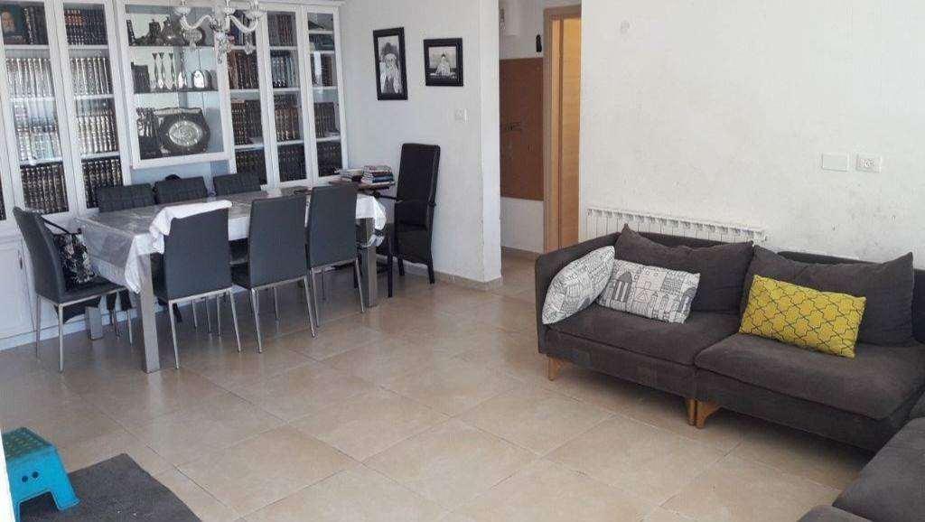 דירה, 4 חדרים, זנגוויל, ירושלים