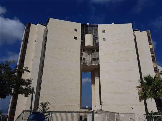 דירה למכירה 5 חדרים בחיפה רמב''ן