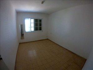 דירה למכירה 3 חדרים באור עקיבא עליזה יאנסן
