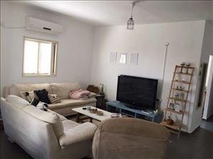 דירה למכירה 3 חדרים ברחובות ברוך שפינוזה