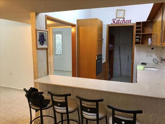 דירה למכירה 3 חדרים בחיפה לבונטין הדר