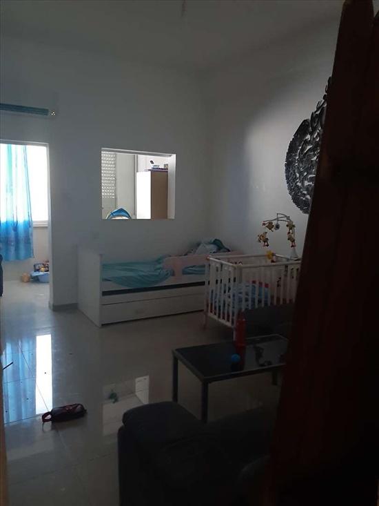 דירה למכירה 4 חדרים בחיפה  שדרת הצינות  63  2