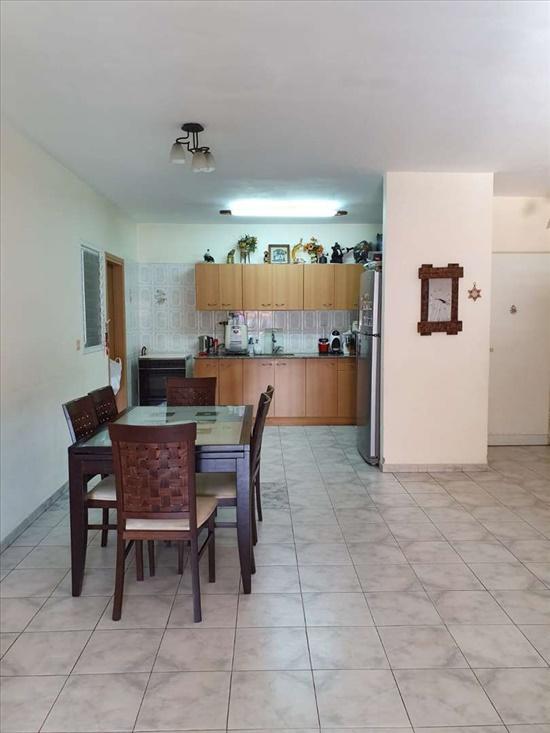 דירה למכירה 4.5 חדרים באשדוד ארלוזורוב רובע ה'