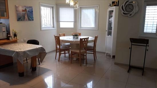 דירה למכירה 5 חדרים בחדרה אבא אחימאיר מרכז