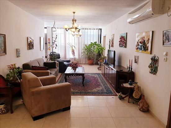 דירה למכירה 4 חדרים ברחובות בני משה