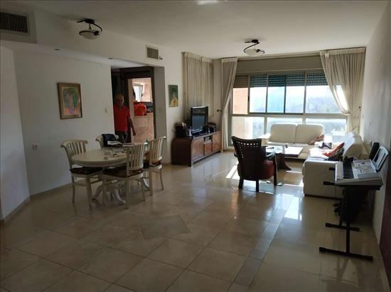 דירה למכירה 3 חדרים בירושלים אברהם פררה הולילנד