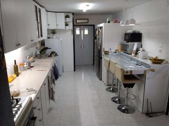 דירה למכירה 5 חדרים בצפת הרצל רסקו