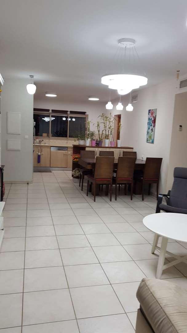 דירה, 4 חדרים, כרמל, רחובות
