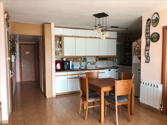 דירה למכירה 4 חדרים בחיפה ליאון בלום הדר עליון