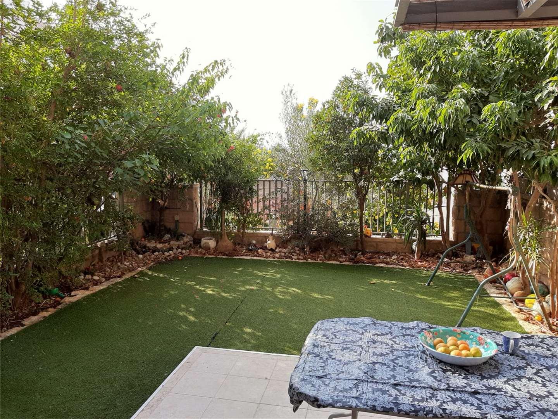 דירת גן, 4 חדרים, סמטת בז, כפר סבא