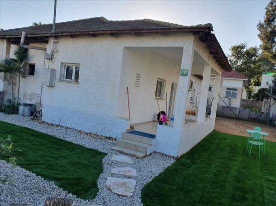 בית פרטי למכירה 4.5 חדרים בבנימינה היסמין כרמי בנימינה