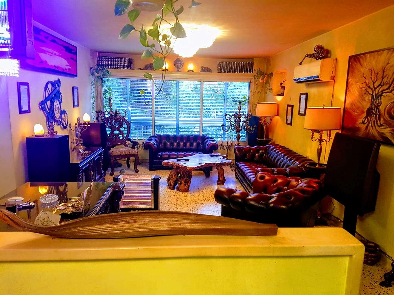 דירה למכירה 4 חדרים בחולון חיים לנדו קרית בן גוריון
