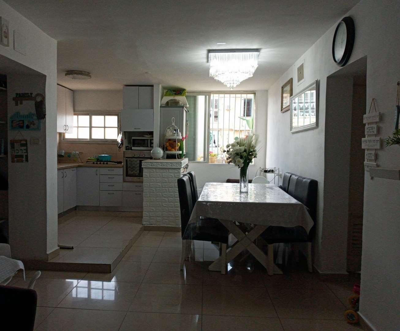 דירה, 3 חדרים, הנרייטה סולד, בת ים