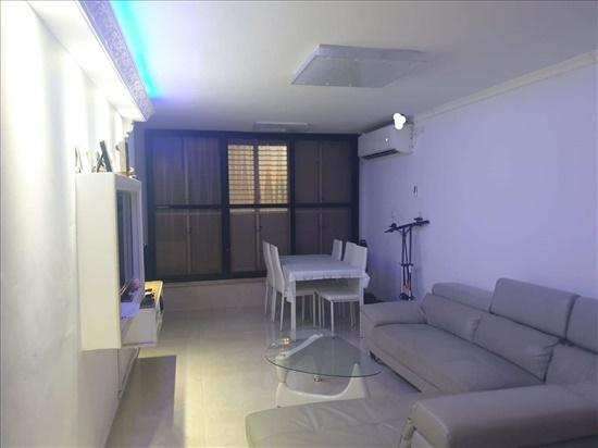דירה למכירה 3.5 חדרים בתל אביב יפו שקד נווה עופר - תל כביר