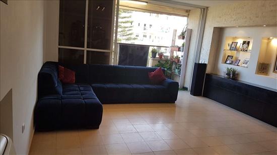 דירה למכירה 6 חדרים בפתח תקווה העצמאות  כפר גנים