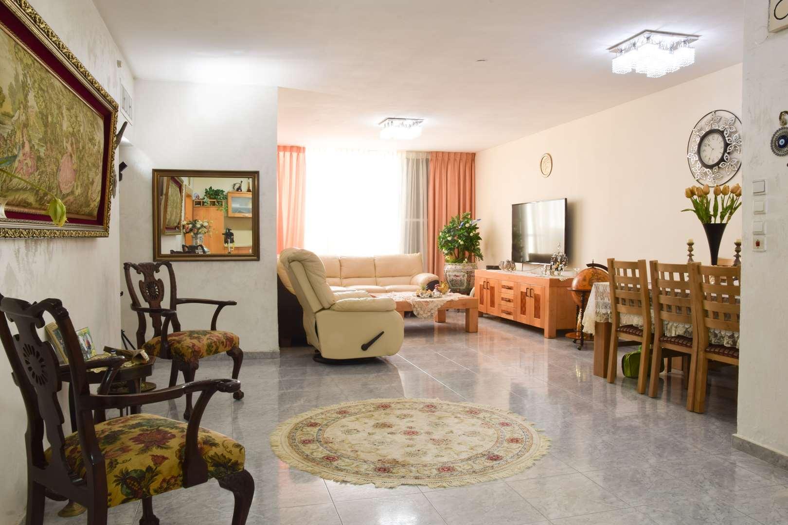 דירה, 4 חדרים, דרך מגדיאל, הוד ה...