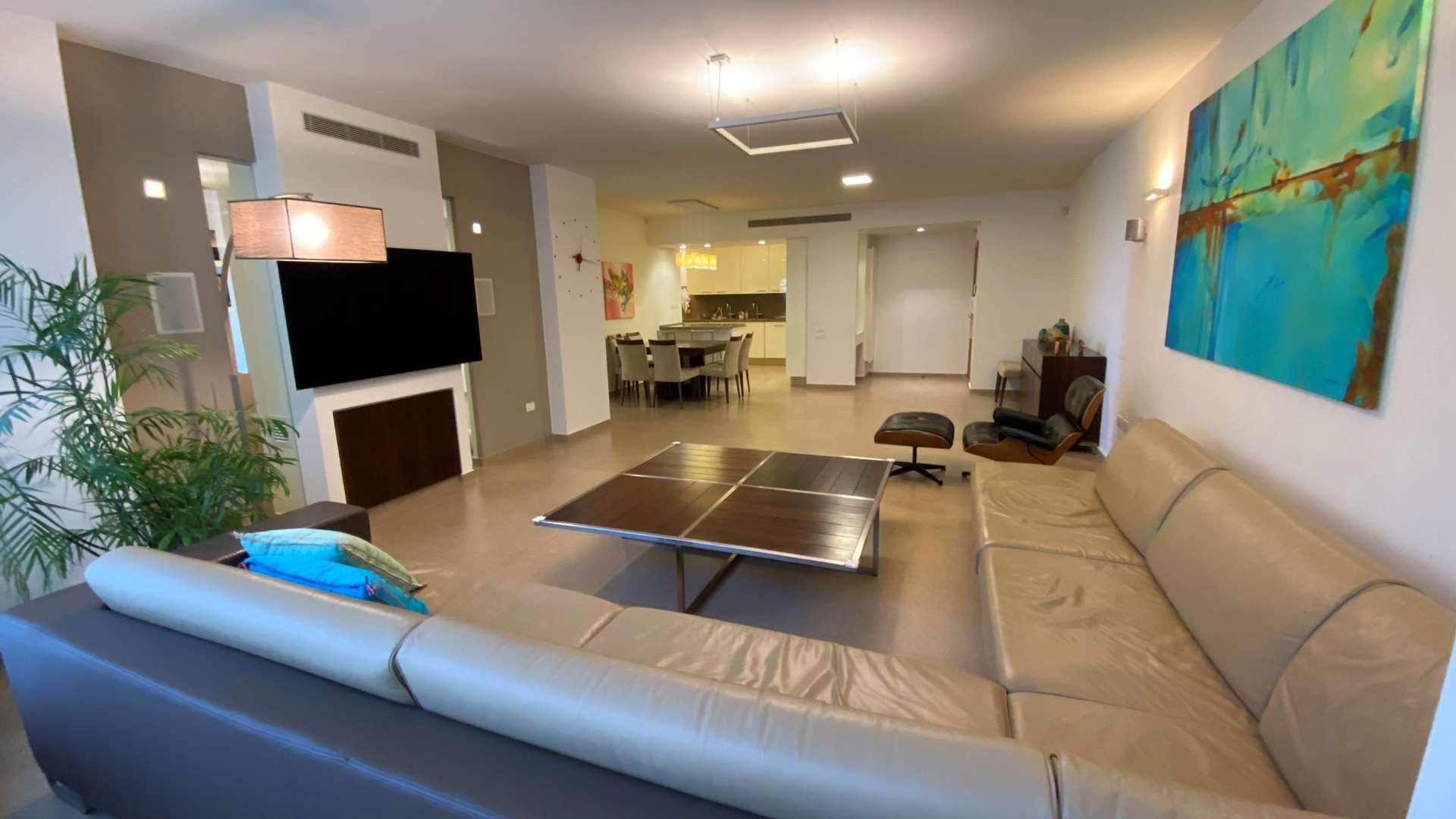 דירה, 5 חדרים, יהושע בן נון, הרצ...