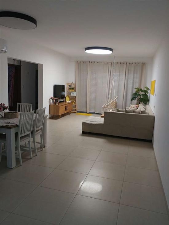 דירה למכירה 4 חדרים בחצור הגלילית הפיקוס אהבה ראשונה