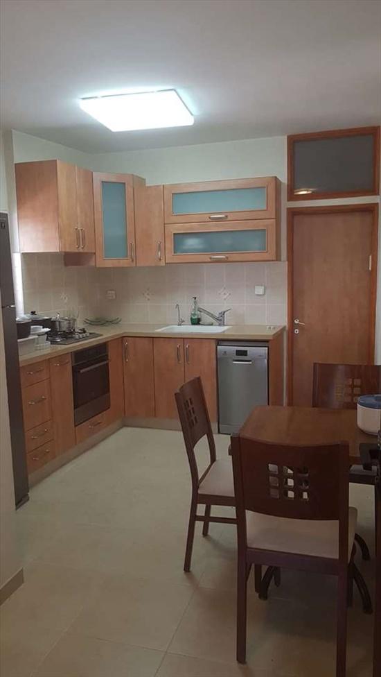 דירה למכירה 3 חדרים בבת ים הלפר