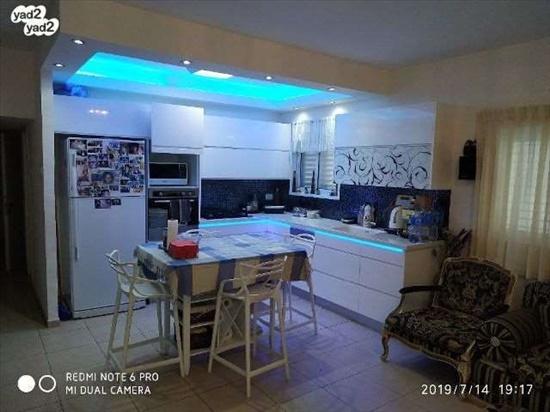 דירה למכירה 4 חדרים בחולון זלמן ארן נאות רחל