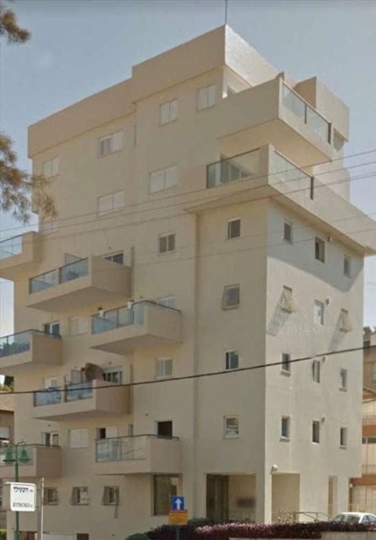 דירה למכירה 5 חדרים בפתח תקווה רוטשילד מרכז