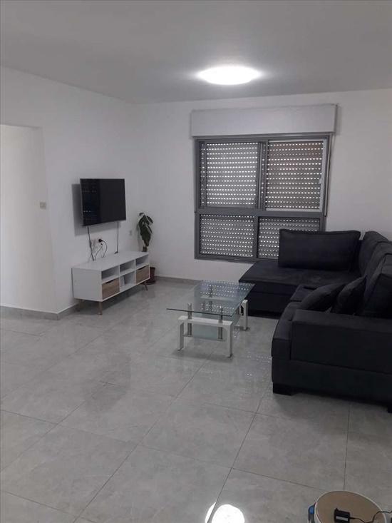 דירה למכירה 4 חדרים בשדרות משעול זלמן ארן בן גוריון