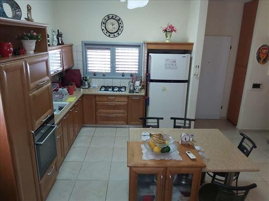 בית פרטי למכירה 4.5 חדרים בכפר יונה עולי הגרדום