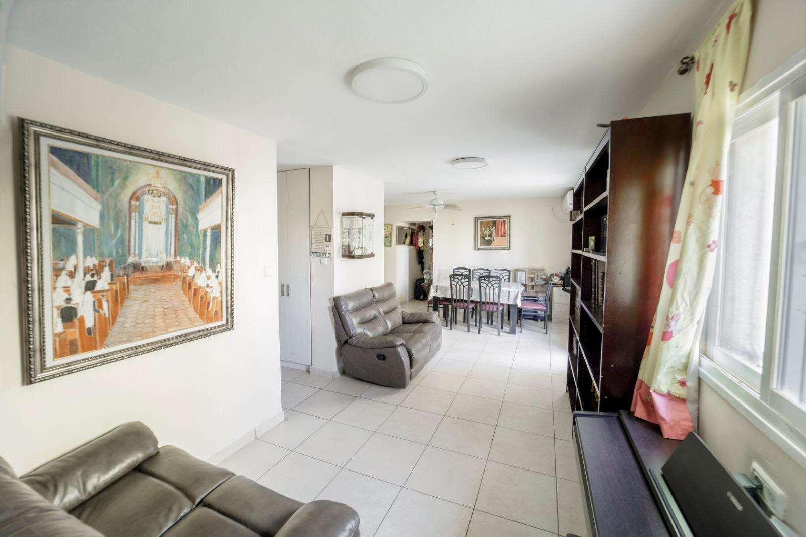 דירה, 4 חדרים, מבוא גולי קניה, י...