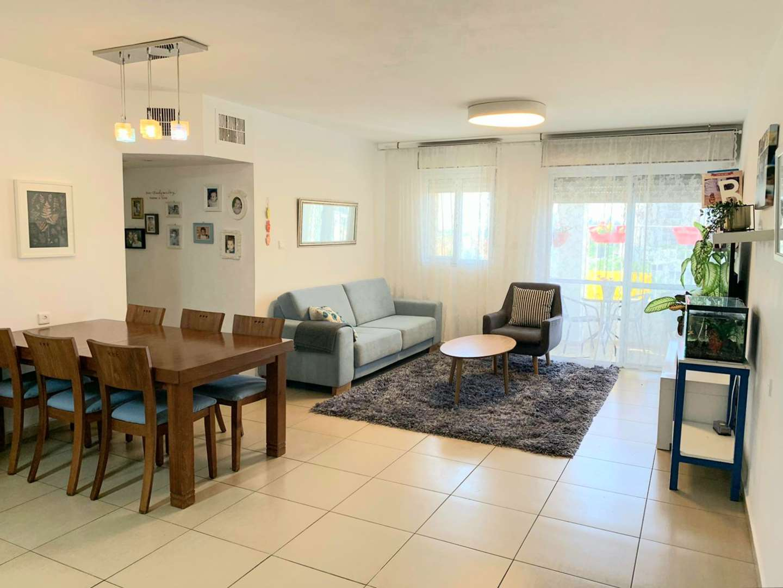 דירה, 5 חדרים, מגיני הגליל 53, ר...