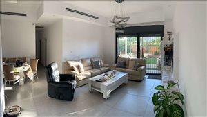 דירת גן למכירה 4 חדרים בבאר יעקב האלונים