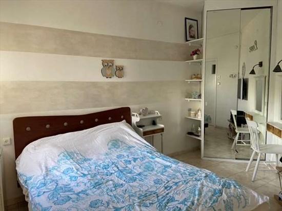 דירה למכירה 4.5 חדרים בכפר סבא פרופ' דינור אזור הפארק