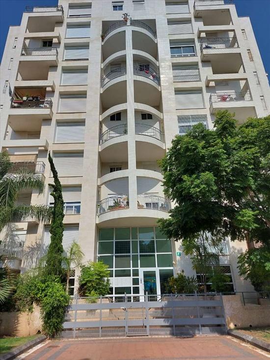 דירה למכירה 5 חדרים בפתח תקווה אבן עזרא צומת סירקין