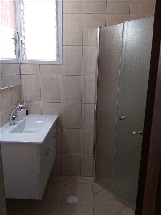 דירה למכירה 3 חדרים בלוד זבוטנסקי נווה זית