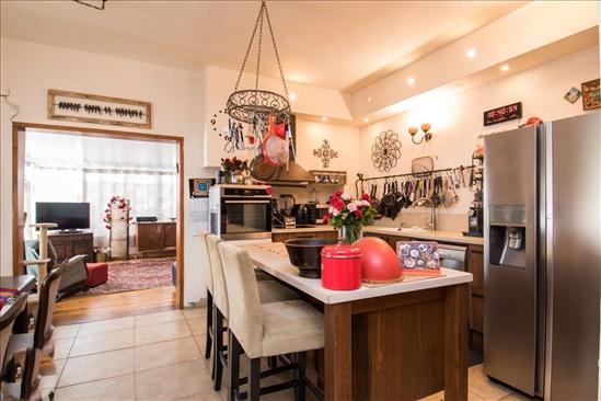 דו משפחתי למכירה 10 חדרים בזכרון יעקב טרומפלדור נוה רמז