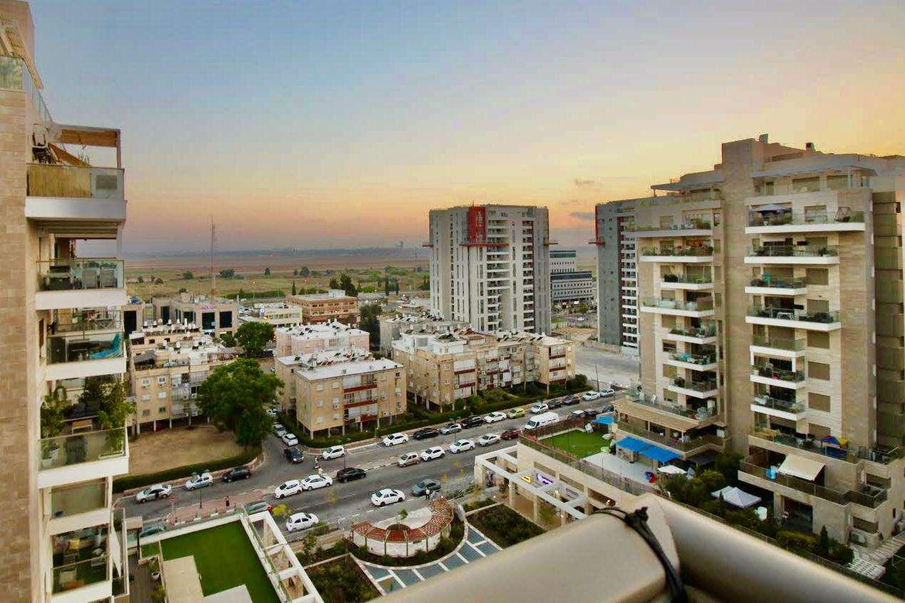 דירה למכירה 5 חדרים ביהוד אשכנזי מרכז