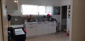 דירה למכירה 2.5 חדרים בחיפה משה שרת