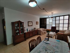 דירה למכירה 4 חדרים בהרצליה קלישר