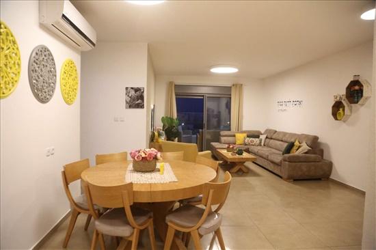 דירה למכירה 5 חדרים בחצור הגלילית הפיקוס אהבה ראשונה
