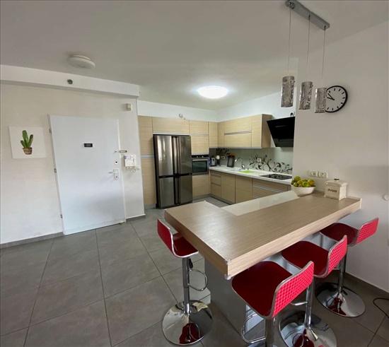 דירה למכירה 4 חדרים בבאר יעקב האלונים פארק המושבה