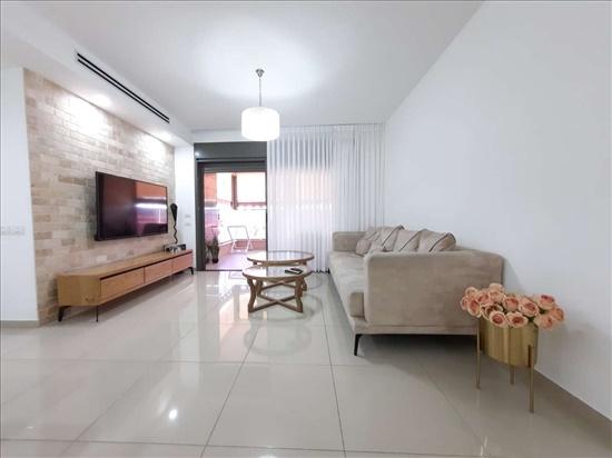 דירה למכירה 4 חדרים בשדרות דרך מנחם בגין בן גוריון