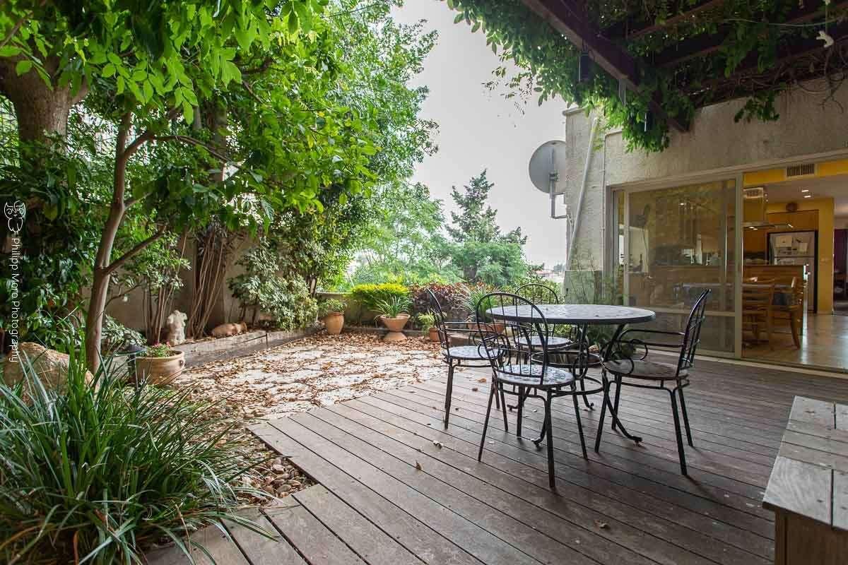 דירת גן למכירה 5.5 חדרים בחיפה נוגה