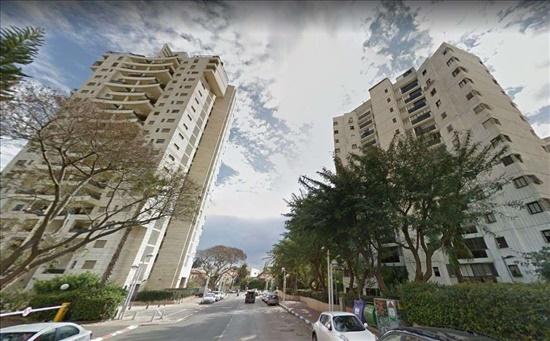 דירה למכירה 5 חדרים בגבעתיים שמעון בן צבי