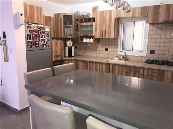 דירת גן למכירה 4.5 חדרים בשדרות משעול דגניה נאות יצחק רבין