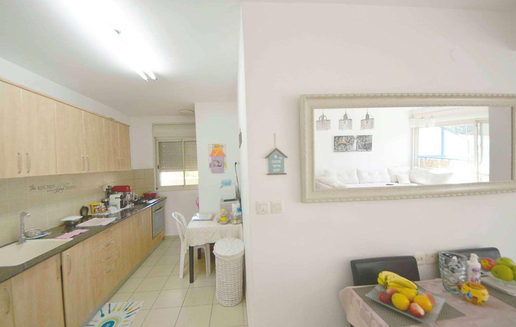 דירה למכירה 3 חדרים בחיפה צופית