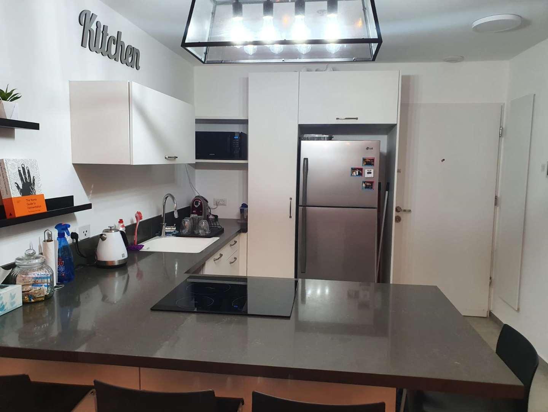 דירה למכירה 3 חדרים בתל אביב יפו דרך מנחם בגין מונטיפיורי