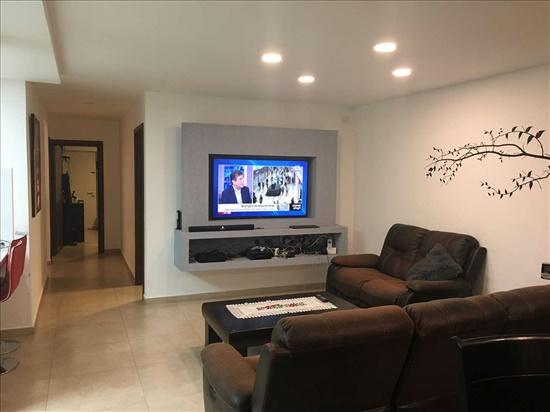 בית פרטי למכירה 5 חדרים באשקלון הגולן נווה דקלים