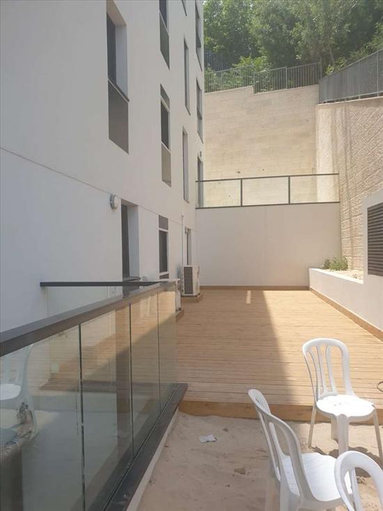 דירת גן למכירה 5 חדרים בחיפה הס הדר עליון
