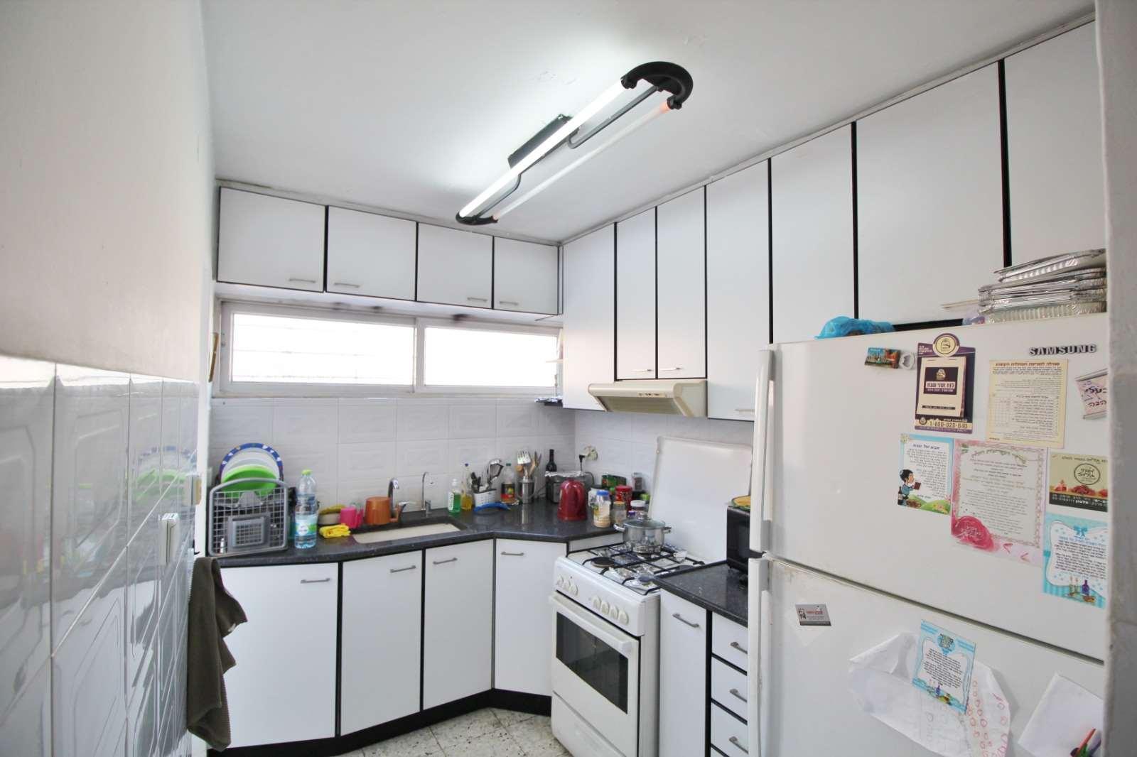 דירה למכירה 3 חדרים בבת ים התחייה רמת יוסף