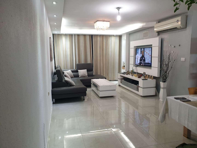 דירה למכירה 4 חדרים באשדוד רובע א' רוגוזין