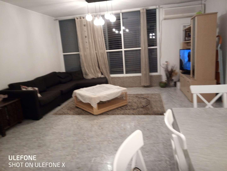 דירה למכירה 5 חדרים בכפר גנים לוחמי הגטו